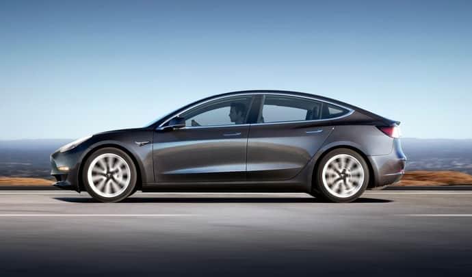 Tesla Chauffeur VTC Djems Lyon